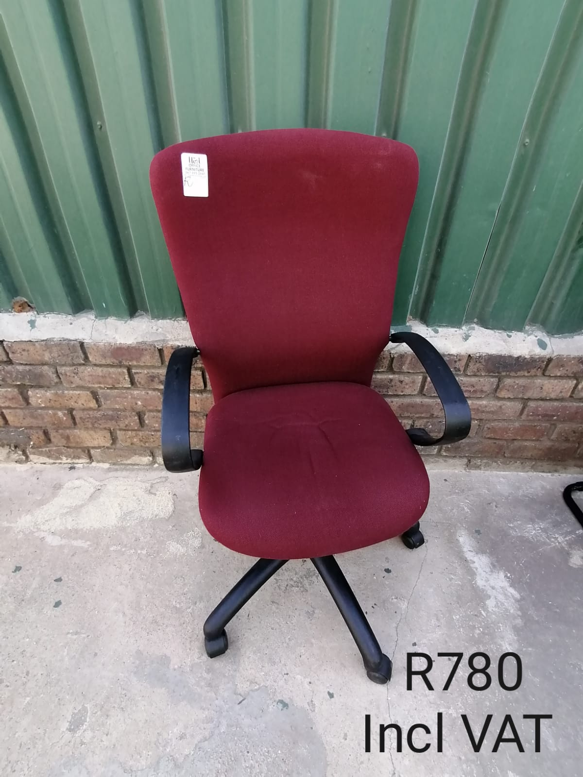 Maroon Highback Swivel Chair with Arms