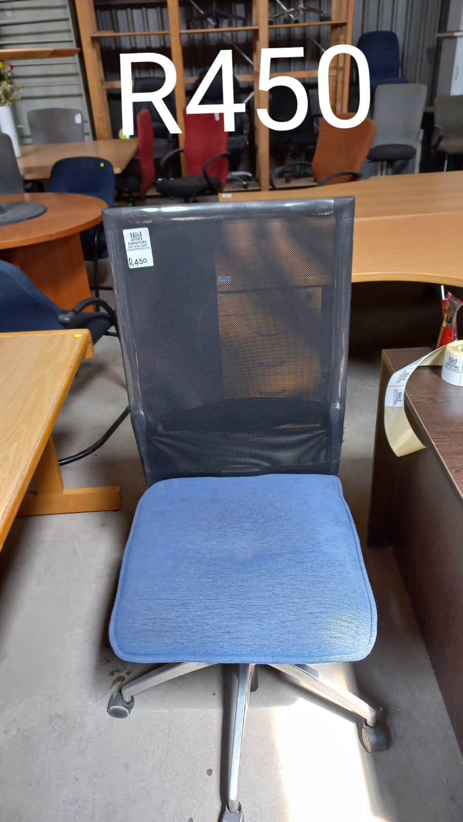 Black Mesh Back Swivel Chair with Blue Seat